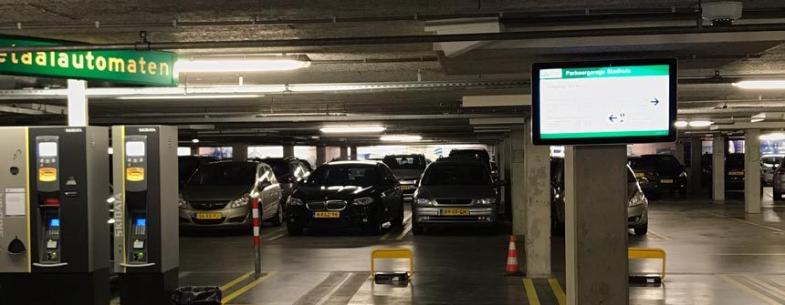 Uw bedrijf in the picture met corporate digital signage